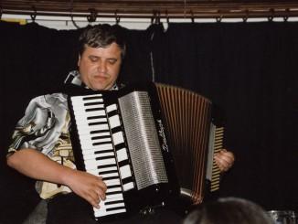 Clocharles-2006--13