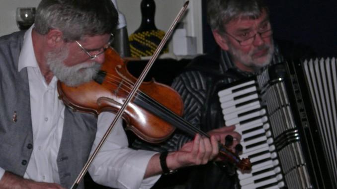 Konzert mit Clocharles @ Kreatives Atelier Regenbogen VoG Hauset | Raeren | Région wallonne | Belgien